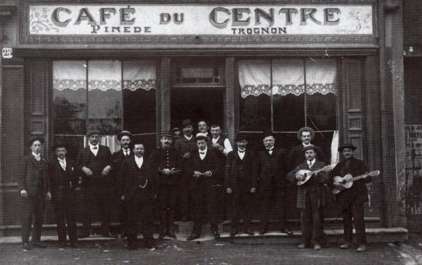 5-cafe-du-centre-dhyppolyte-pinede-au-25-rue-du-commerce-1908.1909