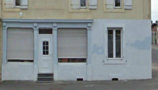 6-104-rue-du-commerce-aujourdhui-la-devanture-a-bien-change