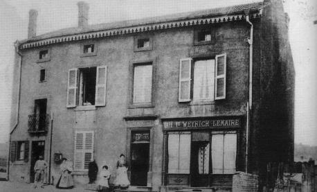 7-cafe-de-la-veuve-weyrich-lemaire-au-numero-96-situe-juste-apres-le-ruisseau-de-goprez-aujourdhui-sous-terrain